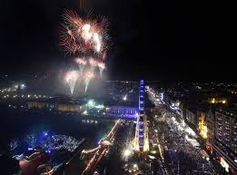 new year s celebrations live new year 2015 live britain counts to london and edinburgh