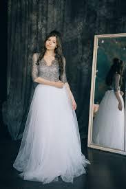 brautkleid finden wunderschönes brautkleid aus weißem tüll und grauer spitze im boho