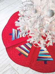 Quilted Christmas Tree Skirts To Make - learn how to sew a quick spiral christmas tree skirt free pattern
