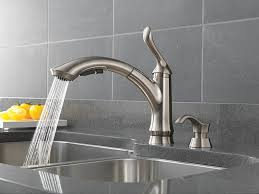 Kitchen Faucet Amazon Delta 4353 Sssd Dst Linden Single Handle Pull Out Kitchen Faucet