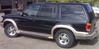towing capacity 2004 ford explorer what s the towing capacity of a 2000 explorer ford explorer and