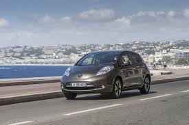 nissan leaf electric car price nissan leaf gets more range but overall electric car prospects