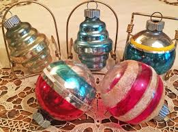 10 vintage mid century shiny brite glass ornaments with box