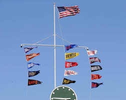 Cubs Flag National League Central Standings Cubs Continue To Inch Closer To
