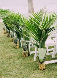 tropical wedding theme picture of highlight a tropical wedding theme with these pineapple