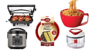 must have kitchen gadgets these are the 5 must have kitchen tools for your dorm room