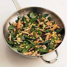 comment cuisiner les pois mange tout poulet sauté aux pois mange tout et au maïs recettes allrecipes
