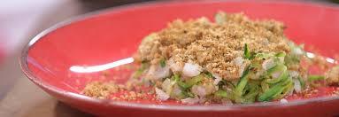recette cuisine sur tf1 midi recette de crumble de poisson aux courgettes petits plats en