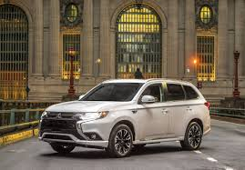 outlander mitsubishi 2018 mitsubishi outlander phev lands in the u s from 35 535