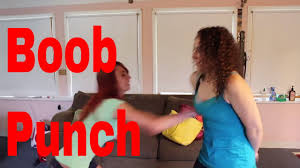 solar plexus punch boxing girls trading punches punch youtube