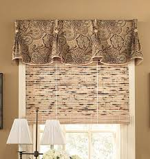 Valances For Living Room Windows by Best 25 Window Toppers Ideas On Pinterest Cornice Ideas