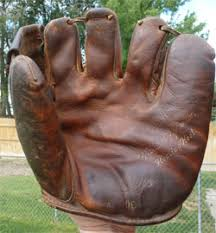 Hutch Baseball Gloves Vintage Sports Shoppe Post War Gloves