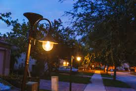 Solar Outdoor Light Fixtures by Curb Appeal Boosters Gamasonic Solar Lighting