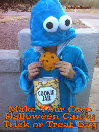 halloween trick or treat bags to make make your own halloween candy trick or treat bag and free