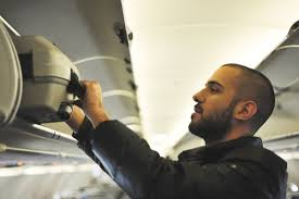 Hanging A Picture 13 Things Your Flight Attendant Won U0027t Tell You Reader U0027s Digest
