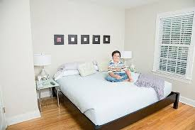 Decorate A Small Bedroom by 20 Small Bedroom Design Tips Enchanting How To Decorate Small