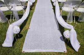 aisle runners how to secure a wedding aisle runner on the grass for an outdoor