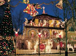 Christmas Decorations Tree Through Roof by Christmas Decorated Houses Chicago Area House Style Pinterest