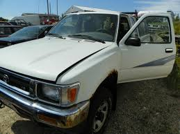 toyota us1 mp15382 1993 toyota pickup 4wd 3 0 5mt 82246miles elmers auto