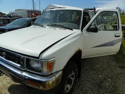 toyota us1 mp15382 1993 toyota pickup 4wd 3 0 5mt 82246miles elmers auto