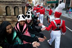 thanksgiving parade online live macy u0027s thanksgiving day parade videos at abc news video archive at