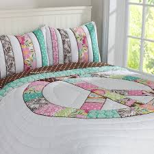 peace sign bedroom 10 best peace sign girl decor images on pinterest peace signs