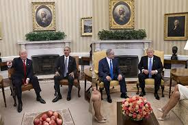 Gold Curtains In The Oval Office See The Changes Donald Trump Made To The Oval Office Aol Lifestyle