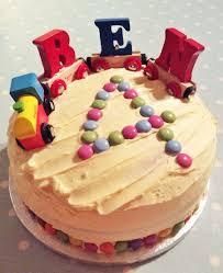 how to make a really easy train birthday cake hodgepodgedays