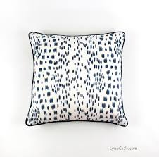 brunschwig u0026 fils lee jofa les touches pillow in bordeaux with