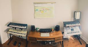 gear set up synthesizers