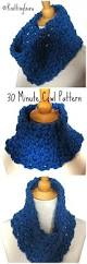 knittingguru presenting the 30 minute crochet cowl for those who