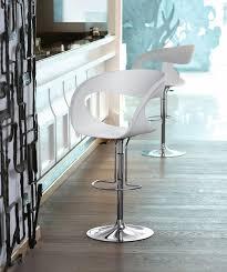sgabelli regolabili in altezza sgabello design con altezza regolabile per cucine e bar idfdesign