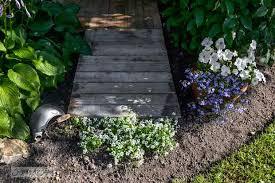 5 diy garden ideas for wood pallets the garden glove
