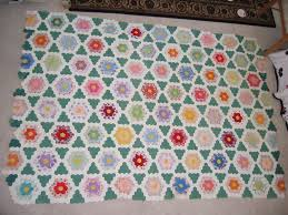 flower garden quilt pattern grandmother u0027s garden quilt love thar green quilting