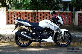 honda cbr 150r price and mileage bikes with abs in india under rs 3 lakhs bike features may u002715