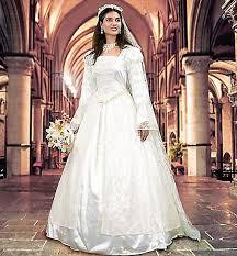 72 best renaissance wedding dresses images on pinterest