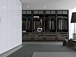 grande armoire chambre armoire chambre adulte bois en 48 idées inspirantes