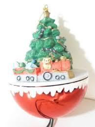donald ornaments tree animations