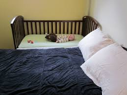Cribs That Attach To Side Of Bed Confessions Of A Co Sleeper How To Sidecar Your Crib