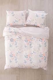 Duvet Covers College Best 25 Floral Duvet Covers Ideas On Pinterest Bedding Sets
