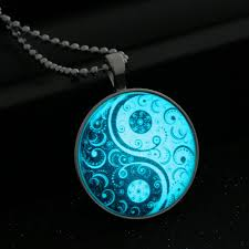 glow in the necklaces glass necklace jewelry glow in the necklaces for women 2017 new