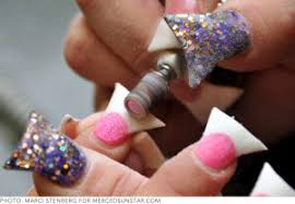 Wide Nail Beds Duck Feet Nails Crazy Awesome Or Just Plain Crazy Robyn U0027s