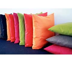 coussins design pour canape coussins turino coussins 45 x 45 cm pour décoration salon ou chambre