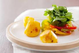 cuisiner des coquilles jacques fraiches recette de salade de jacques marinées aux épices herbes