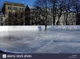 outdoor hockey in quebec stock photos u0026 outdoor hockey in quebec
