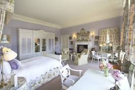 Gray Bedroom Walls by Mauve Bedroom What Color Goes With Dress What Colors Go With