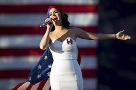 who crowned katy perry queen of the resistance