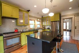 Type Of Paint For Kitchen Cabinets How To Paint Kitchen Cabinets Kitchen Traditional With Glass