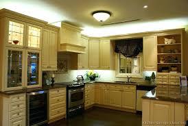 Antique White Kitchen Cabinets Kitchen Cabinets And Backsplash Ideas Traditional Antique White