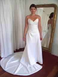 robe de mari e pr s du corps création de robes de mariée dos nu près du corps aix en provence